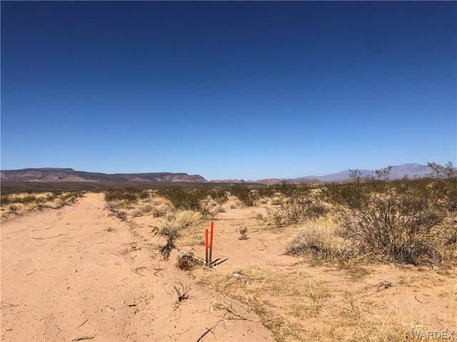 16235 S Shep Lane, Yucca, AZ 86438 (MLS #961774) :: The Lander Team