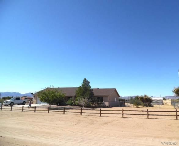 3605 N San Pedro Road, Golden Valley, AZ 86413 (MLS #961889) :: The Lander Team