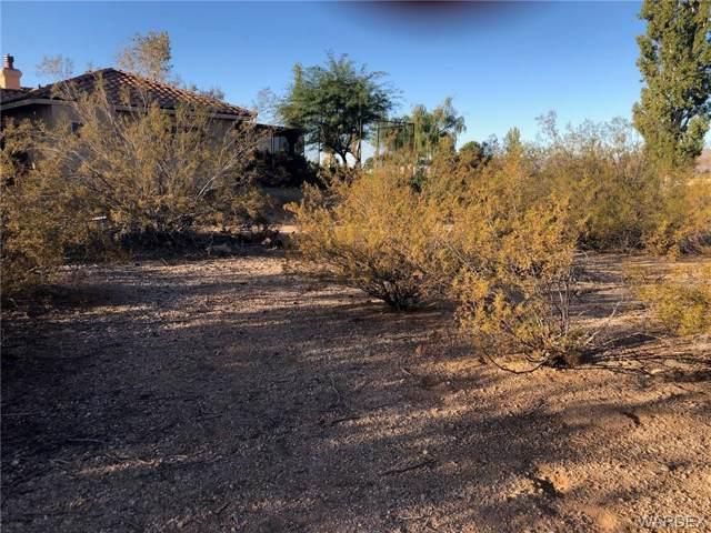 9805 N Vista Drive, Kingman, AZ 86401 (MLS #961903) :: The Lander Team