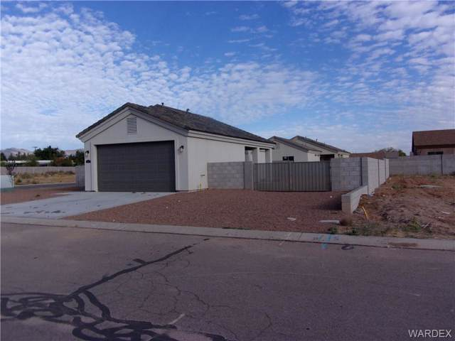 3271 E Rusty Spur Avenue, Kingman, AZ 86409 (MLS #962023) :: The Lander Team
