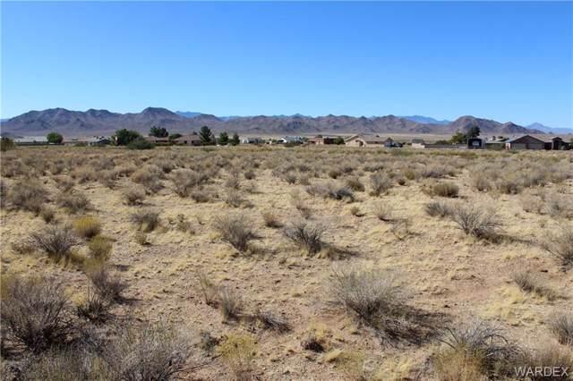 7852 E Sugarloaf Street, Kingman, AZ 86401 (MLS #962041) :: The Lander Team