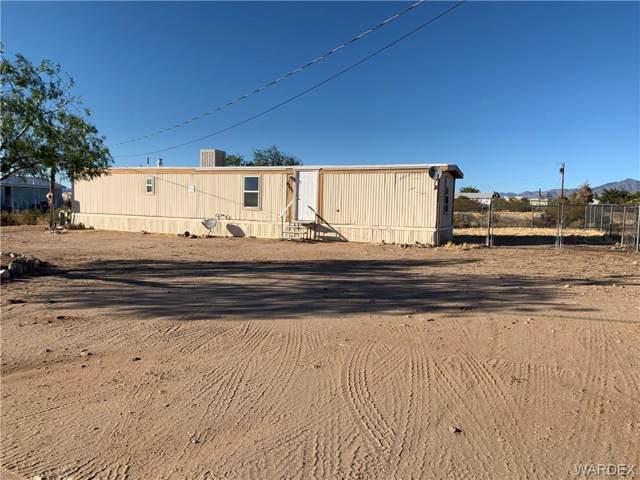 4355 W Mazatzal Drive, Golden Valley, AZ 86413 (MLS #962063) :: The Lander Team