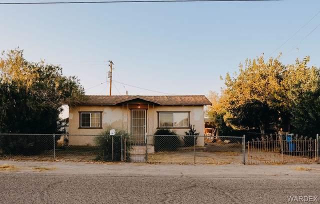 210 Chestnut Street, CA-Needles, CA 92363 (MLS #962361) :: The Lander Team