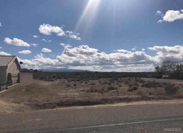 7756 E Devils Arch Drive, Kingman, AZ 86401 (MLS #962619) :: The Lander Team