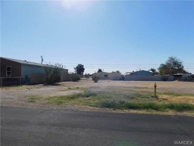 1066 Navajo Drive, Bullhead, AZ 86442 (MLS #962722) :: The Lander Team