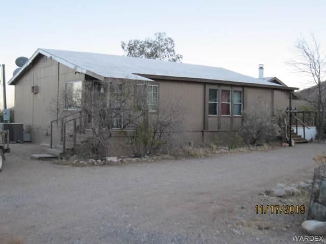 2246 S Don Luis Road, Golden Valley, AZ 86413 (MLS #962774) :: The Lander Team