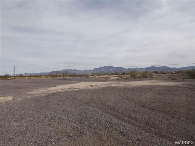 Lot 042 S Yucca Frontage Road, Yucca, AZ 86438 (MLS #962965) :: The Lander Team