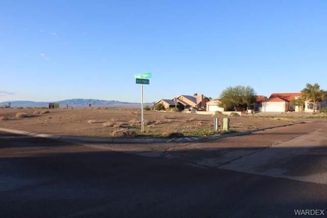 2000 E Desert Palms Court, Fort Mohave, AZ 86426 (MLS #963116) :: The Lander Team