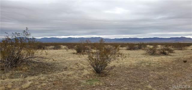 2885 S Epidote Road, Golden Valley, AZ 86413 (MLS #963262) :: The Lander Team