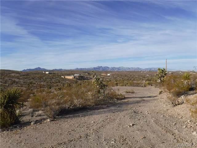 905 W Haystack Drive, Meadview, AZ 86444 (MLS #963519) :: The Lander Team