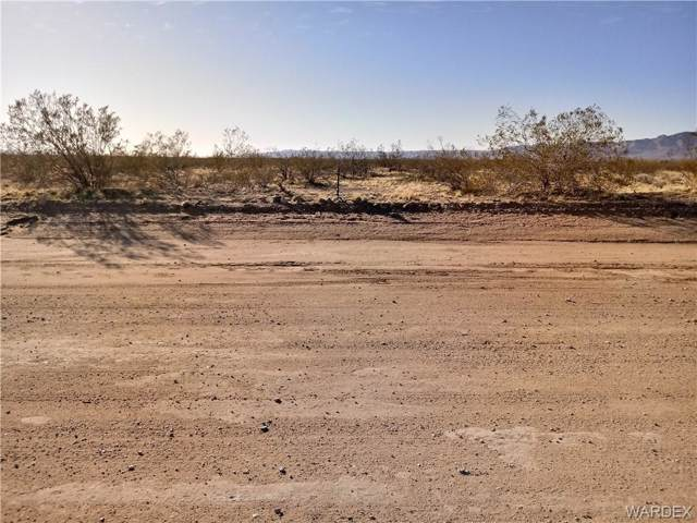 0 Shinirump Road, Golden Valley, AZ 86413 (MLS #963811) :: The Lander Team