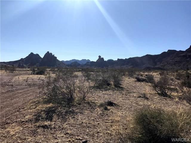. S Don Luis Road, Golden Valley, AZ 86413 (MLS #963841) :: The Lander Team