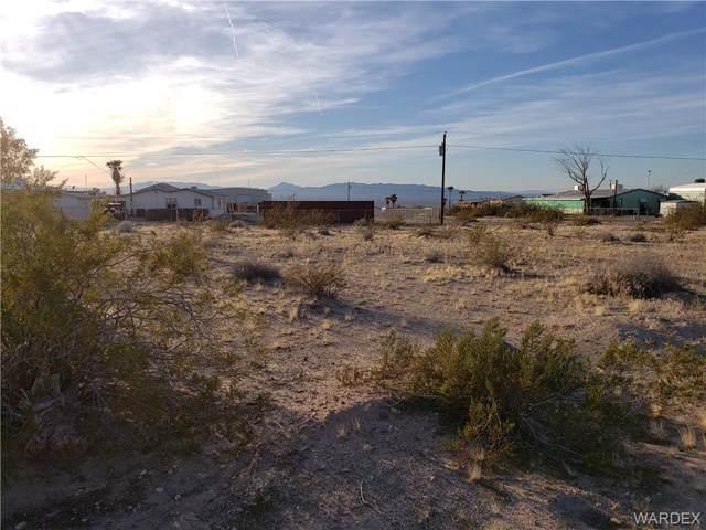 12811 S Cortaro Drive, Topock/Golden Shores, AZ 86436 (MLS #963912) :: The Lander Team