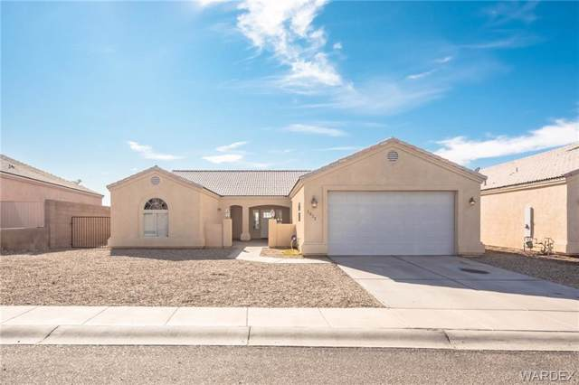 2072 E Mesa Verde Way, Fort Mohave, AZ 86426 (MLS #963930) :: The Lander Team