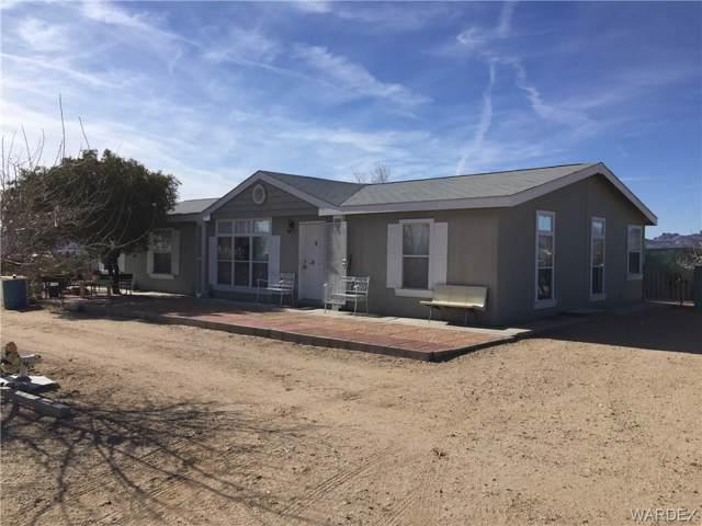 3597 N Davis Road, Golden Valley, AZ 86413 (MLS #963933) :: The Lander Team