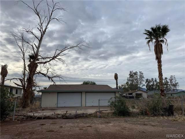 4712 E Monarch Drive, Topock/Golden Shores, AZ 86436 (MLS #963991) :: The Lander Team