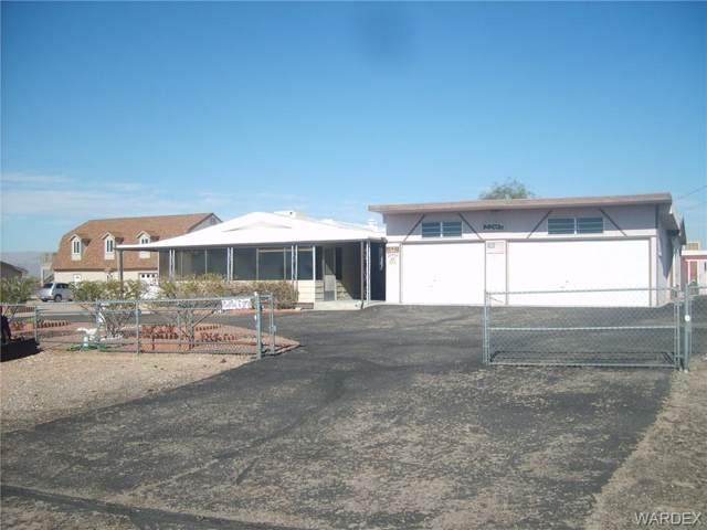 2267 Camp Mohave Rd, Fort Mohave, AZ 86426 (MLS #963997) :: The Lander Team
