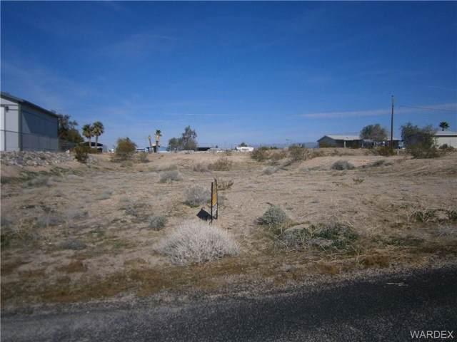 4923 Tonopah, Topock/Golden Shores, AZ 86436 (MLS #964078) :: The Lander Team