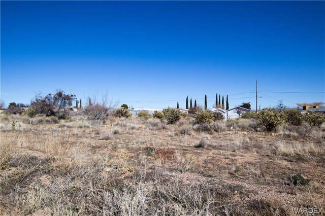 000 N Stockton Hill Road, Kingman, AZ 86409 (MLS #964224) :: The Lander Team