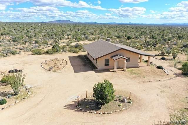 5936 E Sundown Drive, Yucca, AZ 86438 (MLS #965624) :: The Lander Team