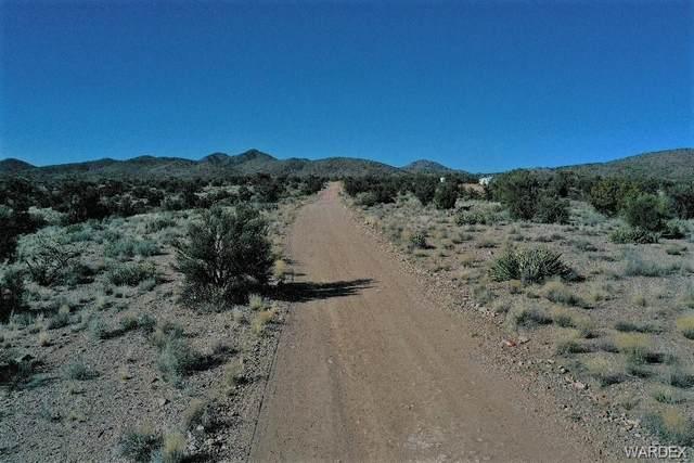 Cedar Hills parcel 6 Ranger, Kingman, AZ 86401 (MLS #965968) :: The Lander Team
