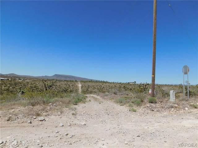 0 Corner Of 15Th And Lostmine Drive, Dolan Springs, AZ 86441 (MLS #966621) :: The Lander Team