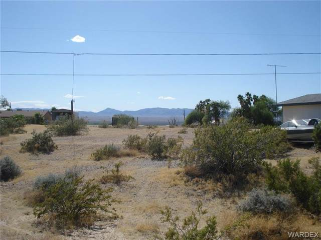 131195 S San Xavier Drive, Topock/Golden Shores, AZ 86436 (MLS #966977) :: The Lander Team