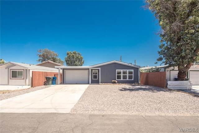 2403 Castle Rock Circle, Bullhead, AZ 86442 (MLS #967004) :: The Lander Team