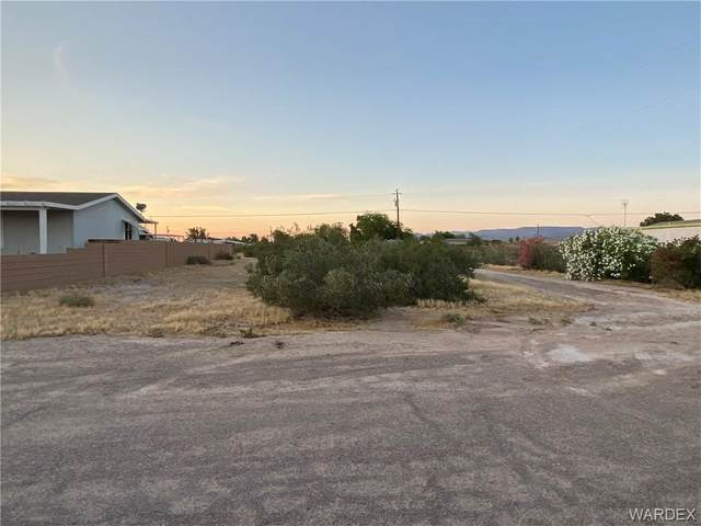 5373 E Supai Drive, Topock/Golden Shores, AZ 86436 (MLS #967065) :: The Lander Team