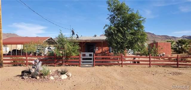 564 S Bacobi Road, Golden Valley, AZ 86413 (MLS #967105) :: The Lander Team