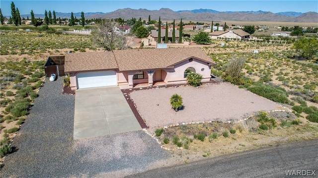 7568 E Cayuse Drive, Kingman, AZ 86401 (MLS #967112) :: The Lander Team