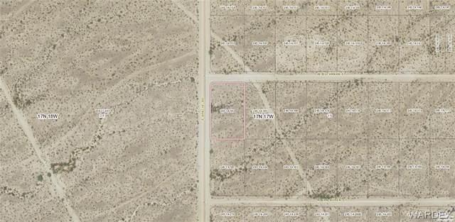 Lot 182 S Apache Rd, Yucca, AZ 86438 (MLS #967116) :: AZ Properties Team | RE/MAX Preferred Professionals