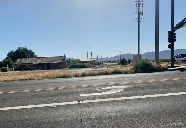 8011 S Hwy 95, Mohave Valley, AZ 86440 (MLS #968184) :: The Lander Team