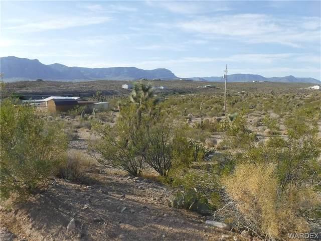 270 E Haystack Drive, Meadview, AZ 86444 (MLS #970115) :: The Lander Team
