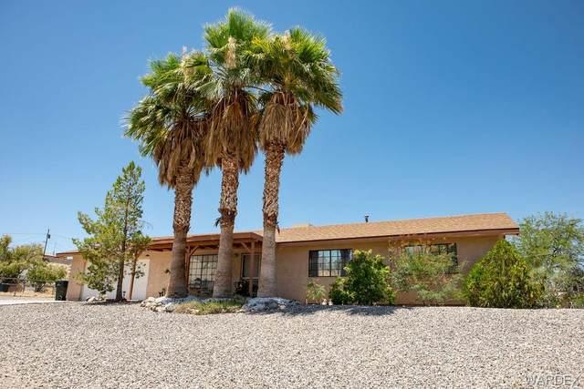 1411 Plata Drive, Bullhead, AZ 86442 (MLS #970116) :: The Lander Team