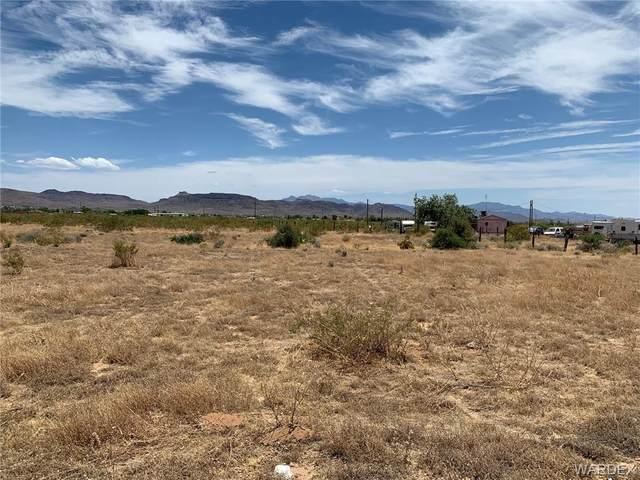 3468 N Mobile Road, Golden Valley, AZ 86413 (MLS #970185) :: The Lander Team
