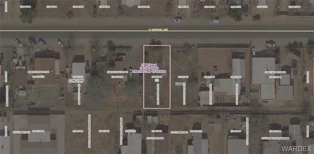 2720 E Suffock Avenue, Kingman, AZ 86409 (MLS #970244) :: The Lander Team