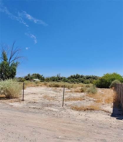 8314 S Boundary Peak Road, Mohave Valley, AZ 86440 (MLS #973282) :: The Lander Team