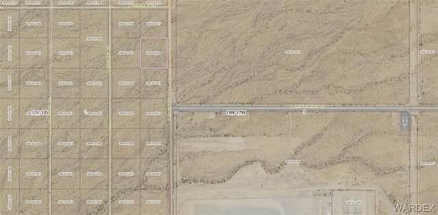 Lot 20 S Apache Road, Golden Valley, AZ 86413 (MLS #973367) :: The Lander Team