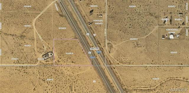 2.94 acres Hwy 93, Dolan Springs, AZ 86441 (MLS #973401) :: The Lander Team