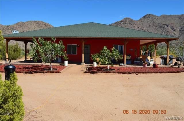 5221 E Crystal Springs Drive, Yucca, AZ 86438 (MLS #973618) :: AZ Properties Team | RE/MAX Preferred Professionals