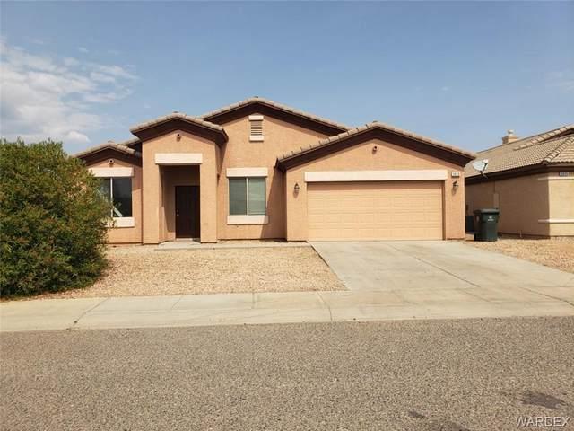 3829 Heather Avenue, Kingman, AZ 86401 (MLS #973868) :: The Lander Team