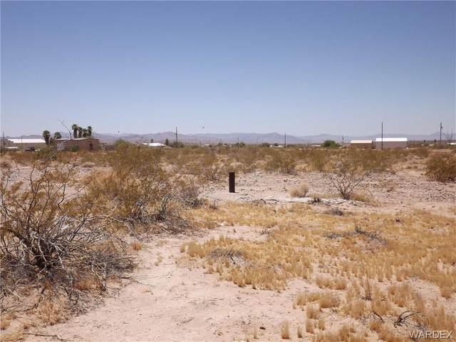 16425 S Shep Lane, Yucca, AZ 86438 (MLS #974055) :: The Lander Team