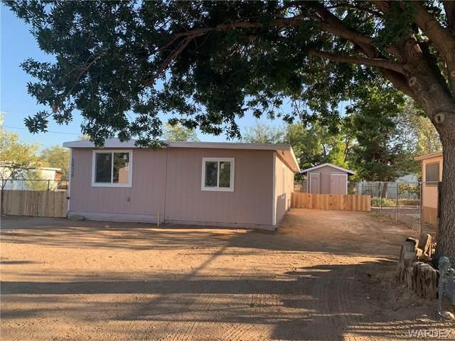 3824 E Hearne Avenue, Kingman, AZ 86409 (MLS #974112) :: The Lander Team
