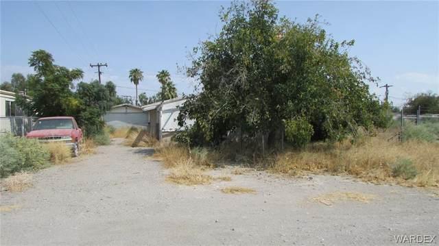 8844 S Desoto Drive, Mohave Valley, AZ 86440 (MLS #974183) :: The Lander Team