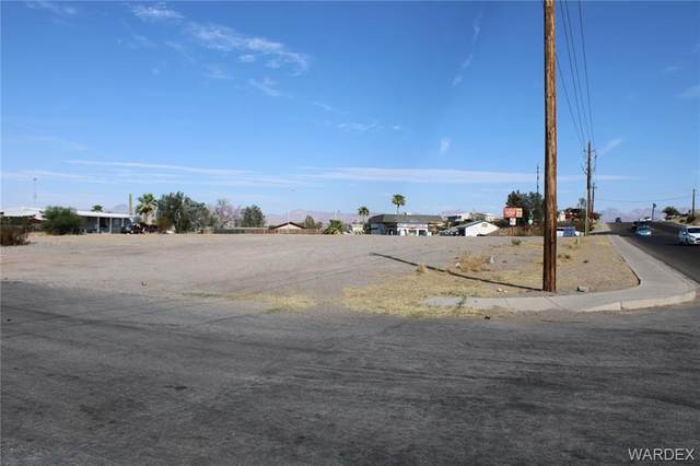 1490 Verde Drive, Bullhead, AZ 86442 (MLS #974468) :: The Lander Team