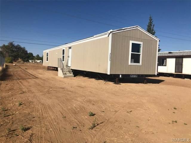 2695 E John L Avenue, Kingman, AZ 86409 (MLS #974490) :: The Lander Team