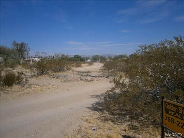 12854 S Pima Pkwy Parkway, Topock/Golden Shores, AZ 86436 (MLS #974491) :: The Lander Team