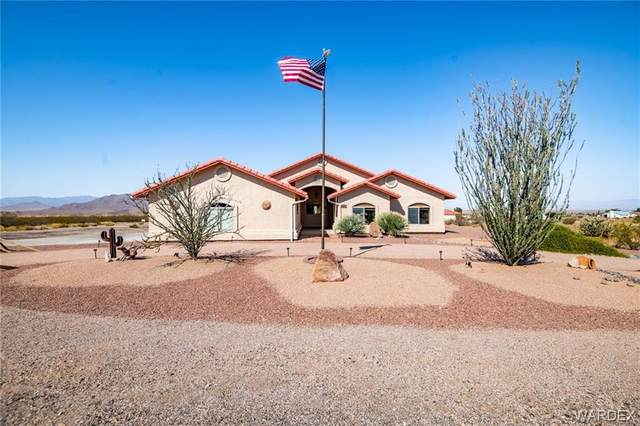 9209 Rio Verde Drive, Kingman, AZ 86401 (MLS #974514) :: The Lander Team