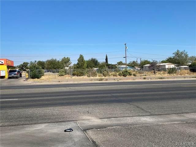 2625 E Northern Avenue, Kingman, AZ 86409 (MLS #974636) :: The Lander Team